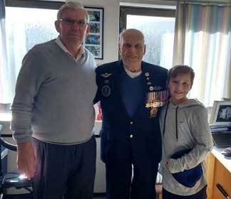 Giving Thanks to a Veteran on Thanksgiving Day